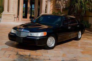 Lincoln Sedan Miami Rental