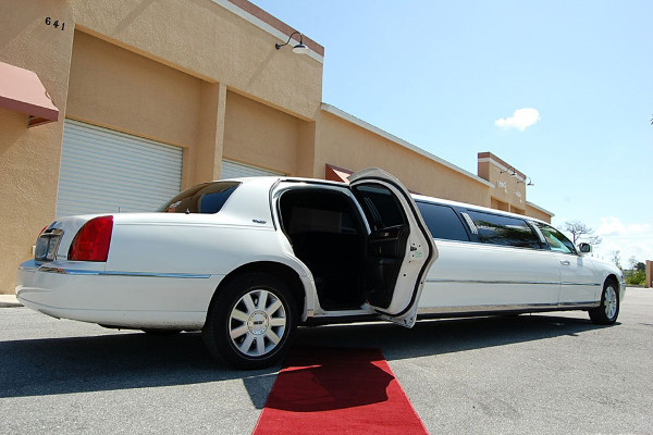 Miami Lincoln Limos Rental